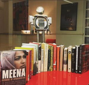 follow our robot mascot's Instagram @arlattareads!